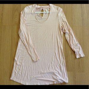 Dresses & Skirts - Blush scoop neck dress with choker